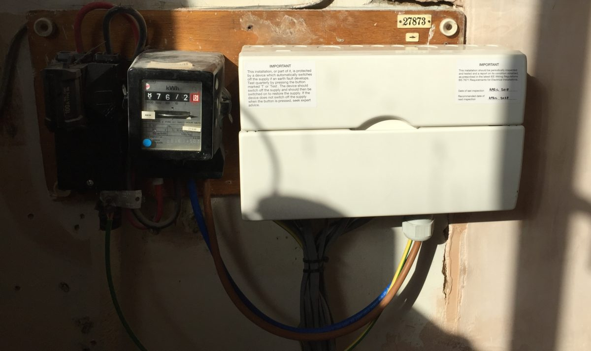 Signs your fuse board needs replacing